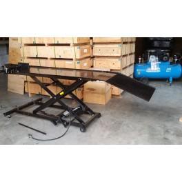 pont élévateur moto hydraupneumatique 450 Kg plateau 180 x 60 cm